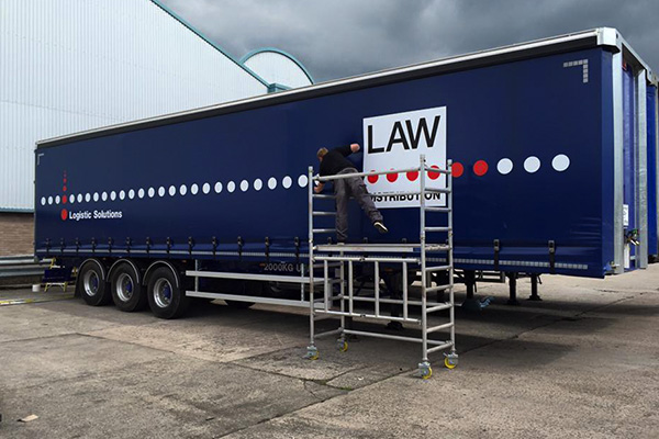 trailer livery oldham
